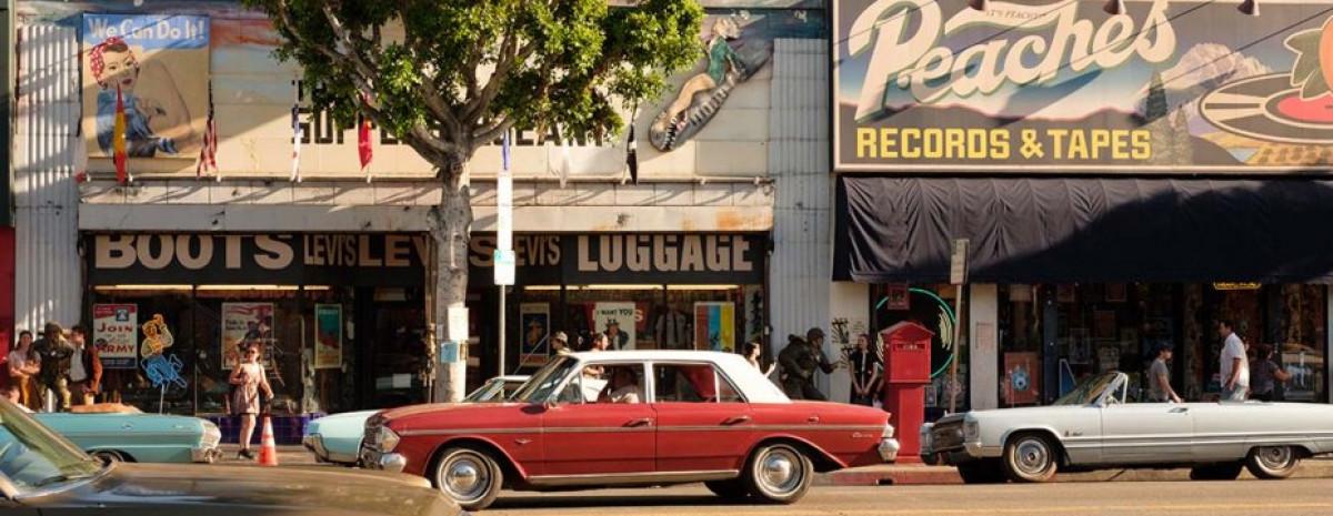 Pewnego razu w Hollywood Quentin Tarantino wynajął 2 000 kultowych retro bryk