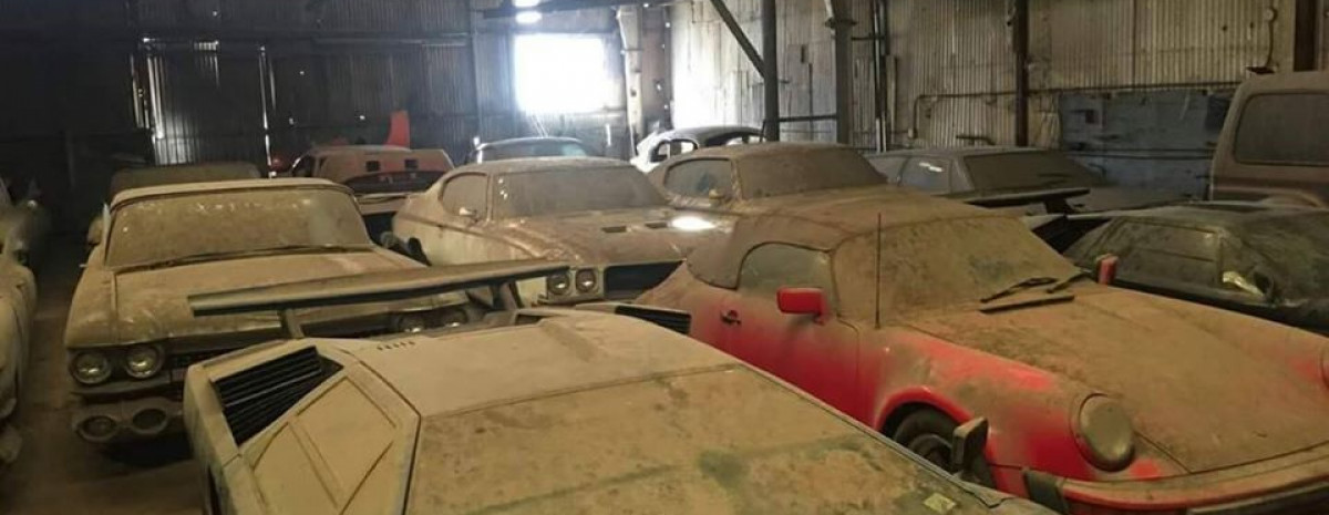 Niesamowite znalezisko w USA - drogie samochody w starej stodole