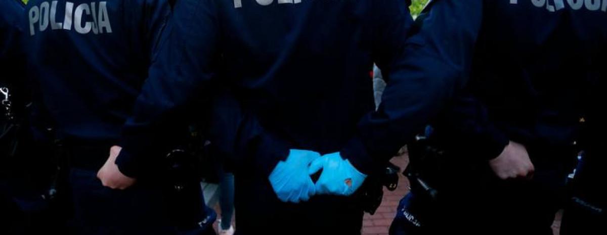 Z OSTATNIEJ CHWILI: Puścił bąka przy wrocławskiej policji, dostał wyrok