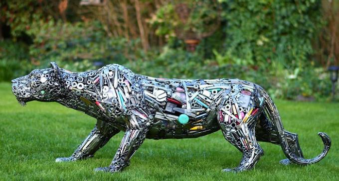 Coś z niczego - piękne rzeźby zrobione z nieużywanych przedmiotów
