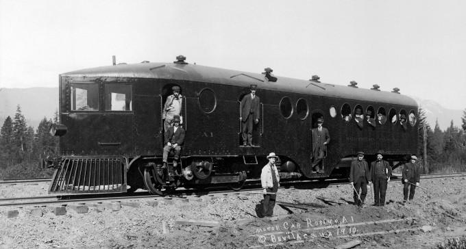 Marynistyczny szynowóz pasażerski z 1905 roku, który wyprzedzał czas