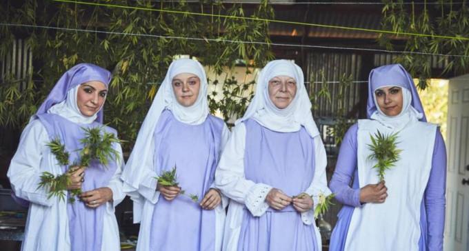 """""""Maryśki"""" - kalifornijskie zakonnice znane jako Siostry z Doliny poświęciły życie ziołu"""