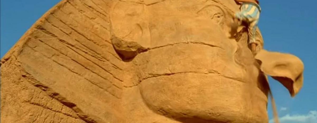 Dlaczego egipskie posągi nie mają nosów?